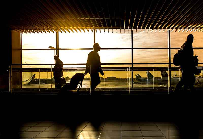 3 best business travel tips for Workaholic Commuters